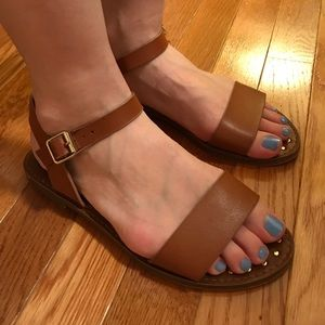 Steve Madden brown flat sandals